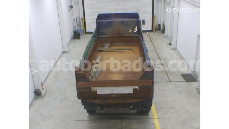 Big with watermark nissan evalia barbados import dubai 3304